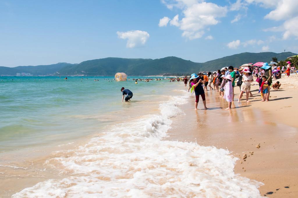 Half Day Tour to Sanya Yalong Bay Beach with Visit to Local Market Sanya Hainan Island