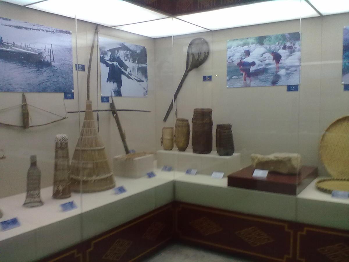 Hainan Minority Museum Wuzhishan1
