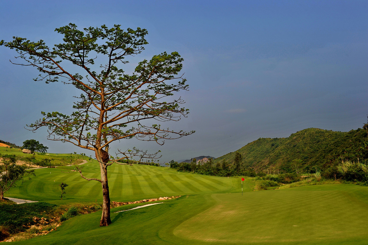 Dragon Valley Golf Club Sanya, Longquangu Golf Club Sanya