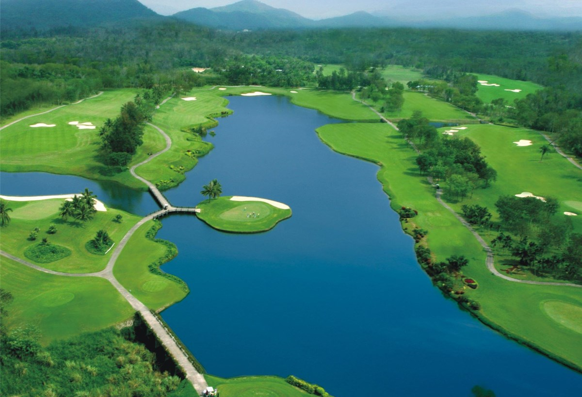 Kangle Garden Golf Club in Xinglong Hainan