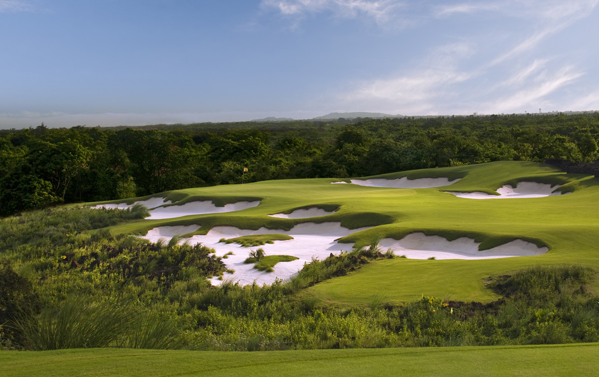 Mission Hills Golf Club Haikou Hainan Island