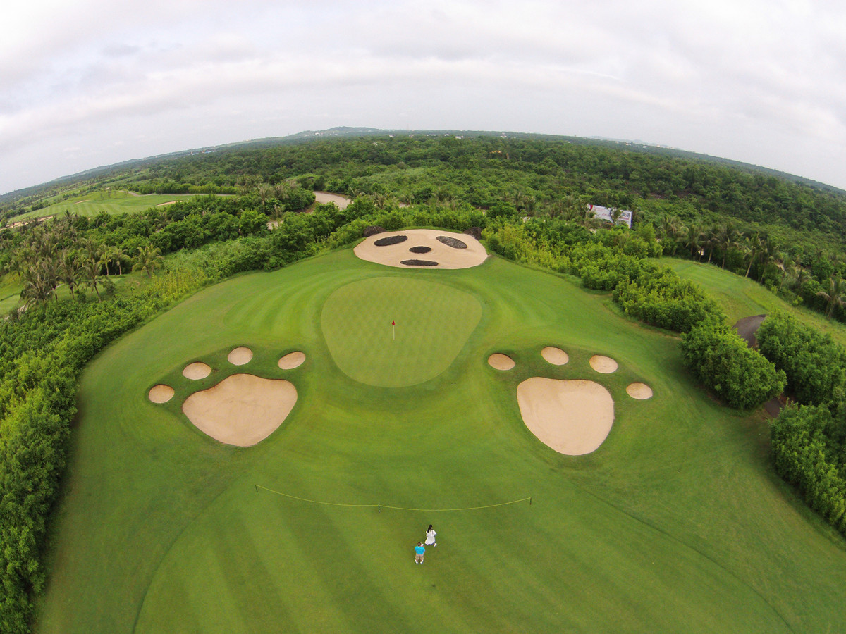 Golfing Package in Hainan Island from Japan 6 Days 5 Nights