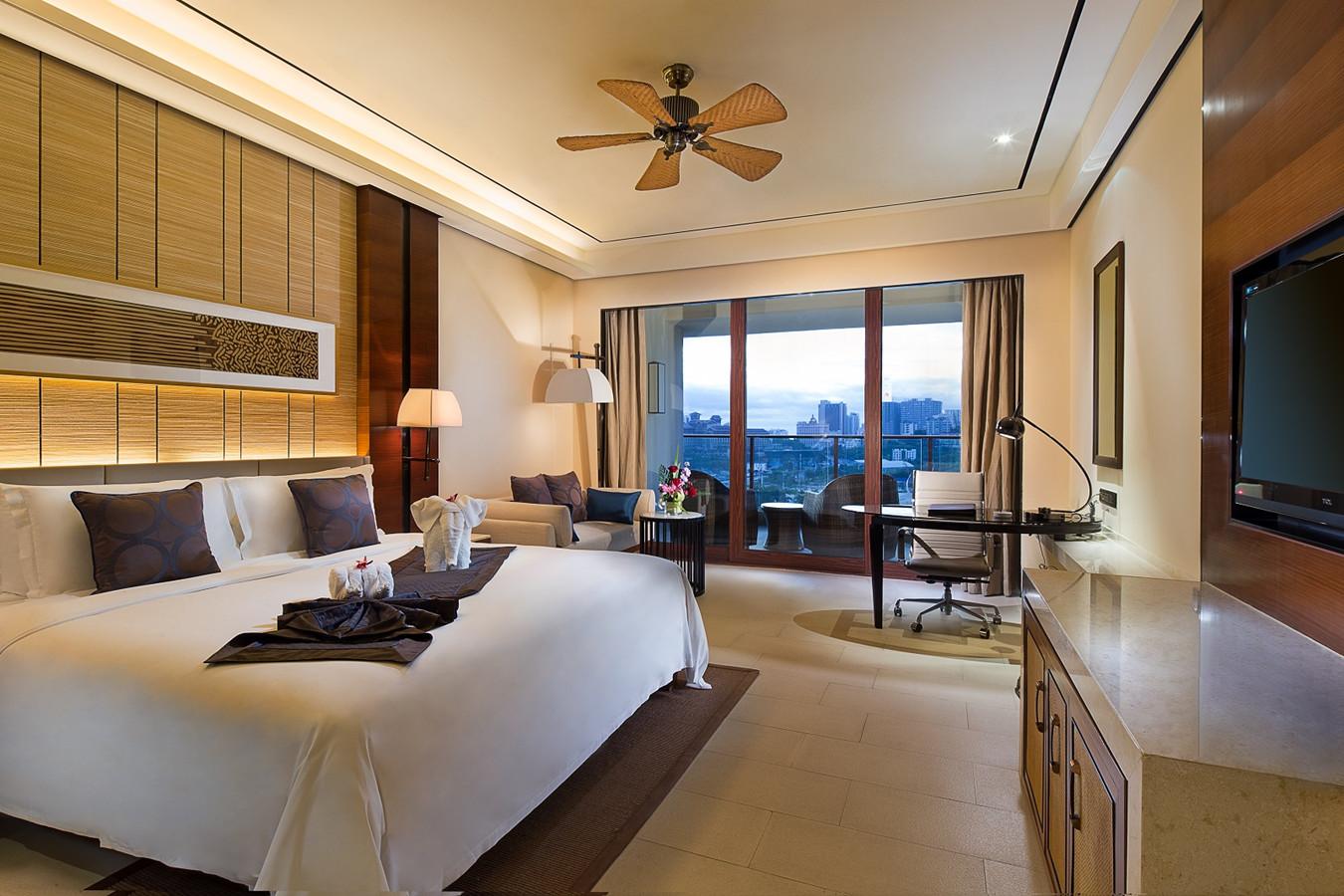 Sanya Crowne Plaza Hotel Hainan11
