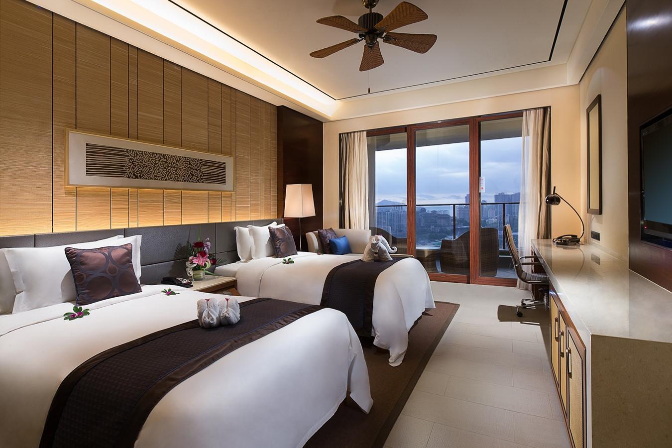 Sanya Crowne Plaza Hotel Hainan