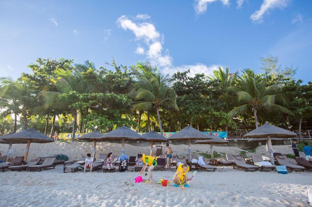 sunshine-intime-resort-dadonghai-bay-hainan-island23