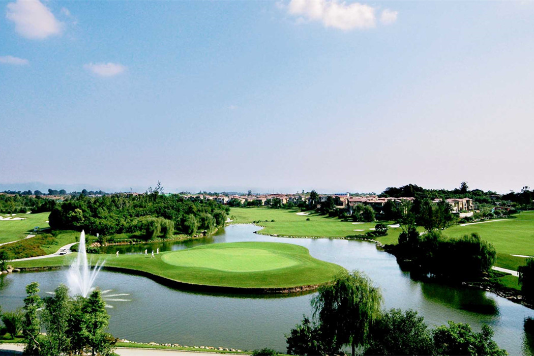 Golfing package 7 days 6 nights 4 Balls to Sanya from London UK