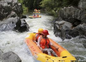 Day tour to Hainan Wuzhishan Mountain River Rafting Weekend only & Li Minority VillageGroup Village